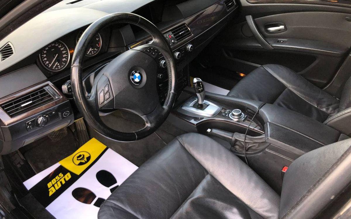 BMW 523 2008 фото №17