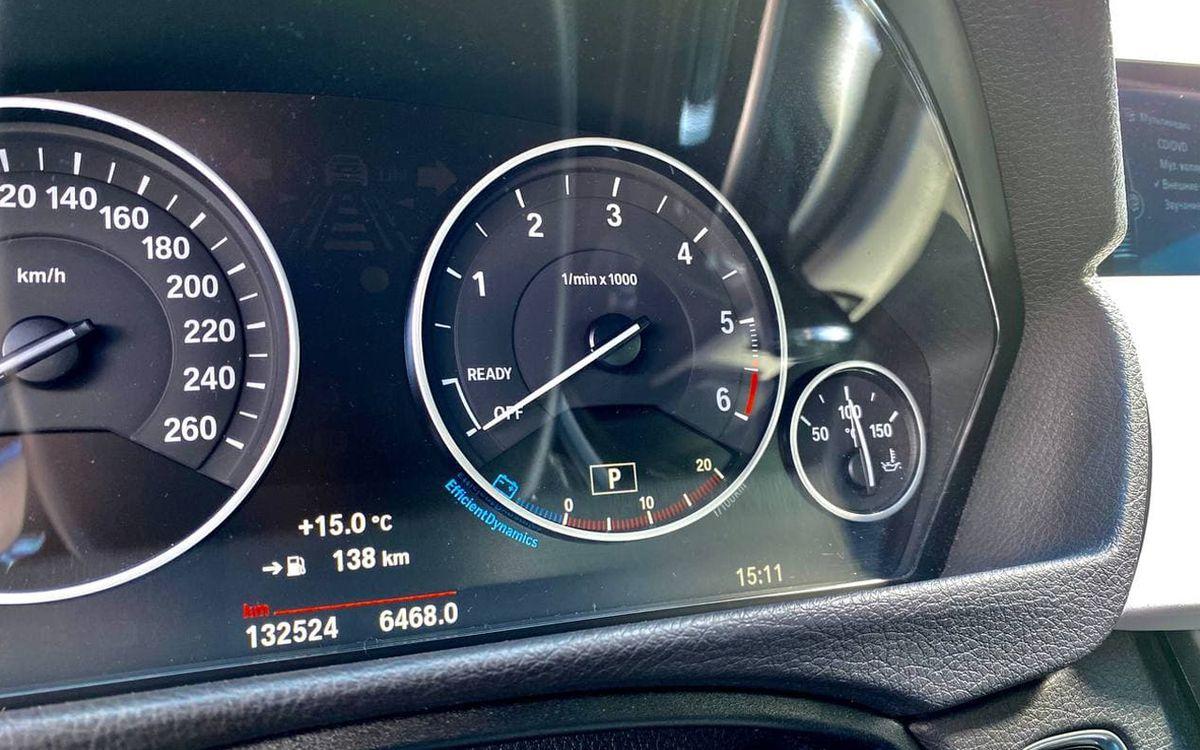 BMW 320 Xdrive 2015 фото №16