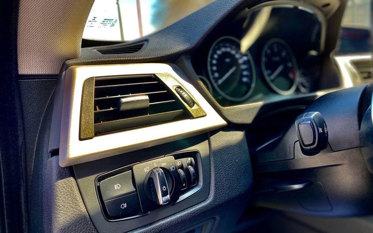 BMW 320 Xdrive 2015 фото №17