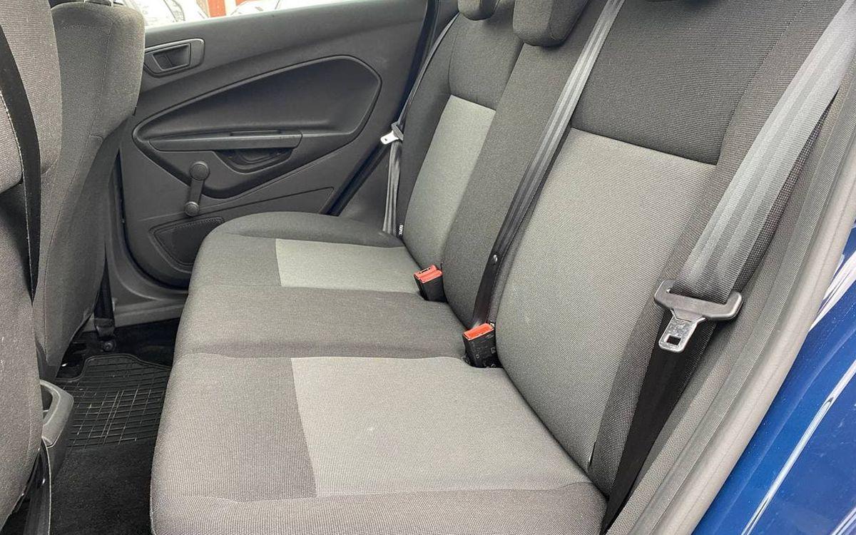 Ford Fiesta 2015 фото №18
