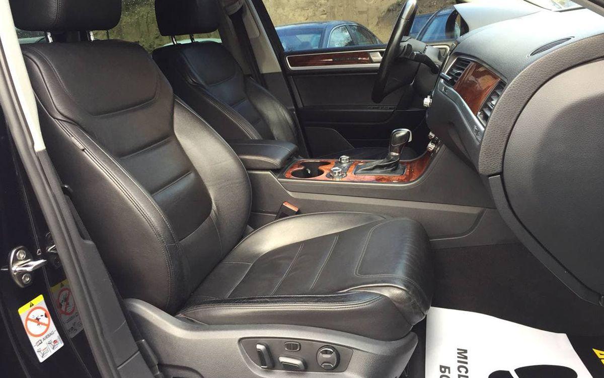 Volkswagen Touareg 2010 фото №19