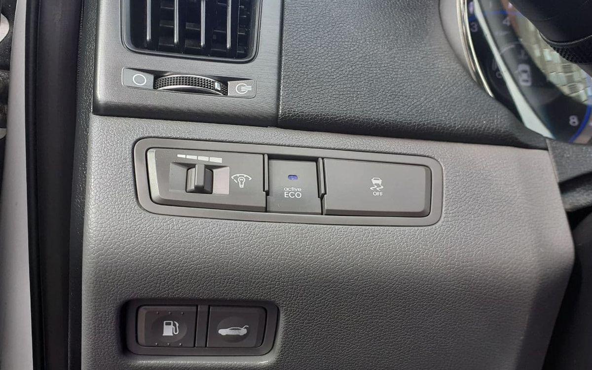 Hyundai Sonata 2013 фото №15