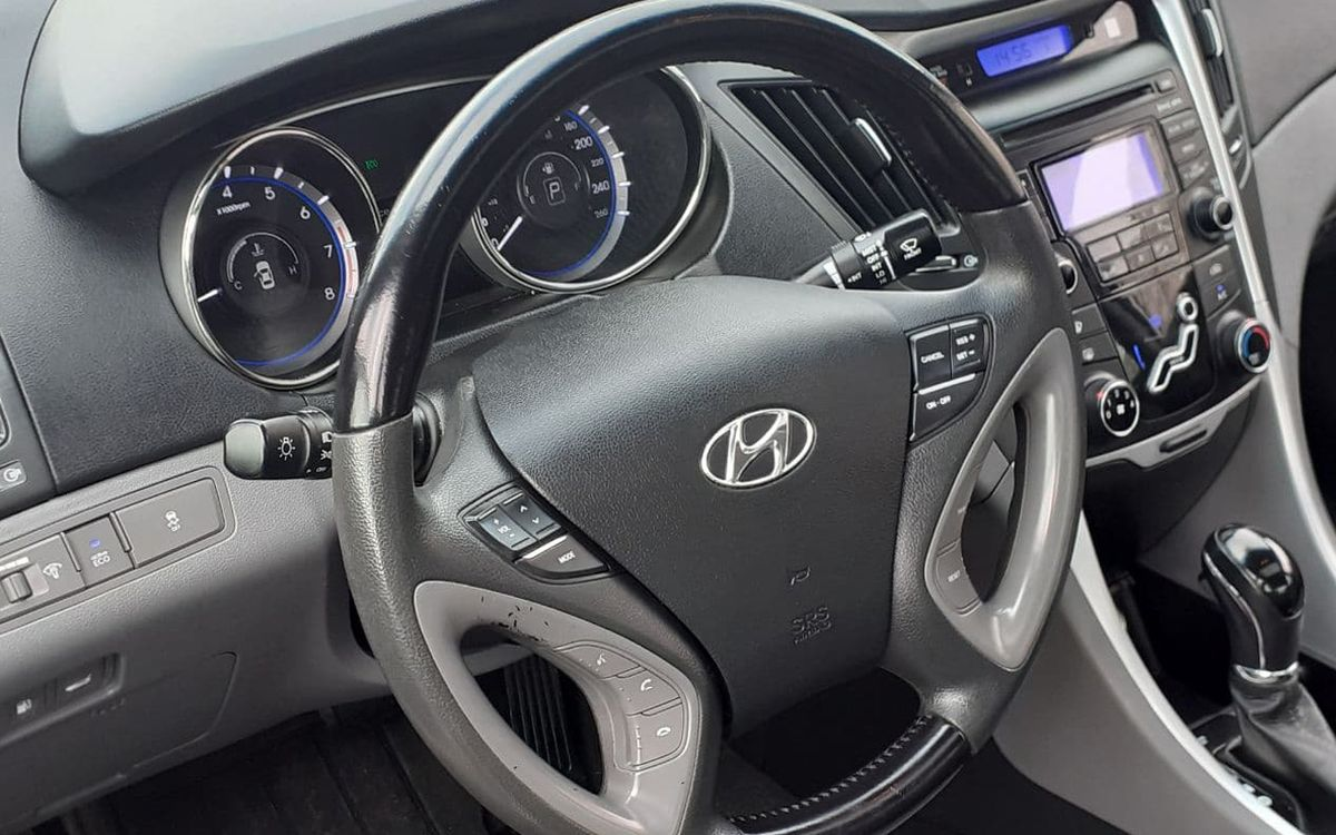 Hyundai Sonata 2013 фото №16