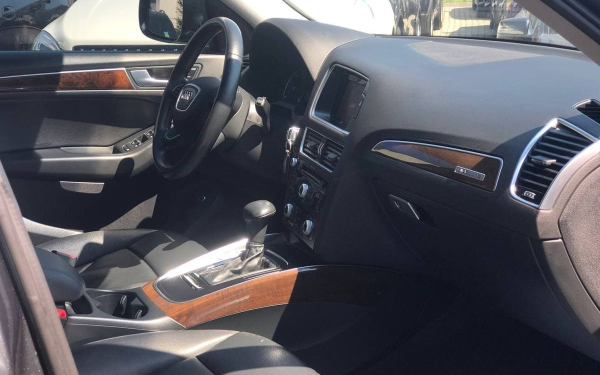 Audi Q5 2016 фото №18