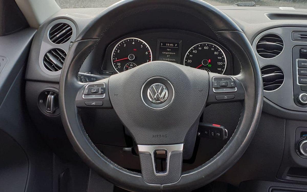 Volkswagen Tiguan 2012 фото №12