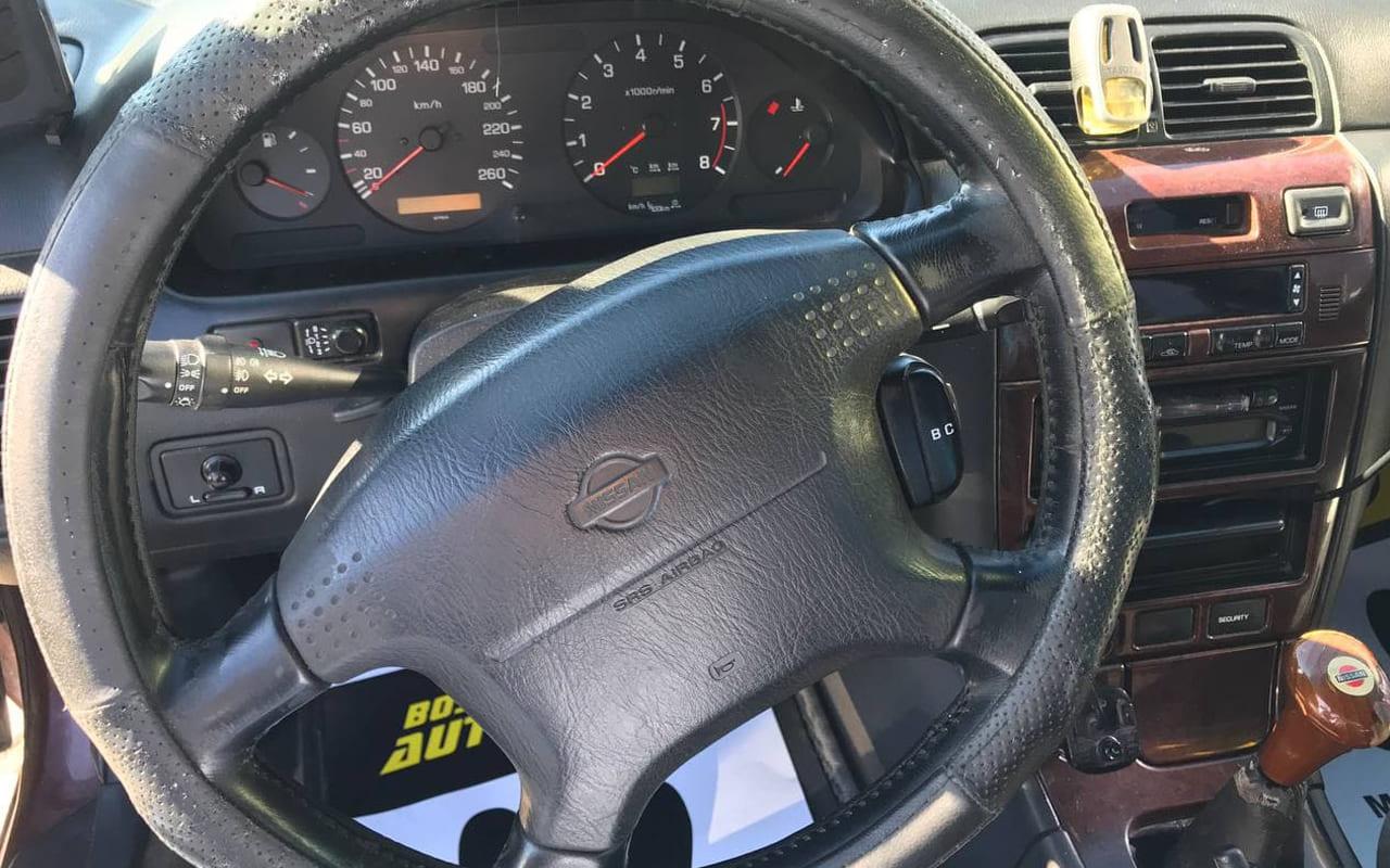 Nissan Maxima 1999 фото №15