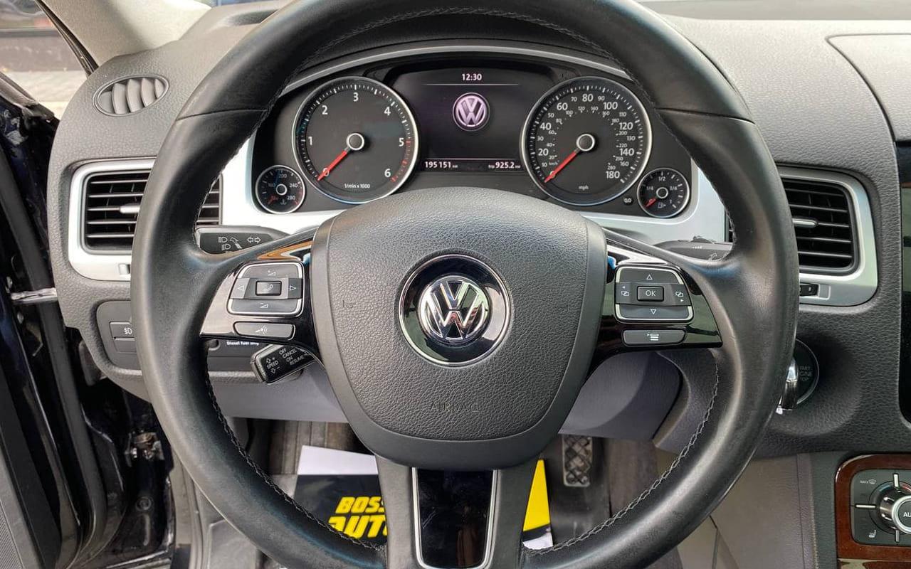 Volkswagen Touareg 2011 фото №15