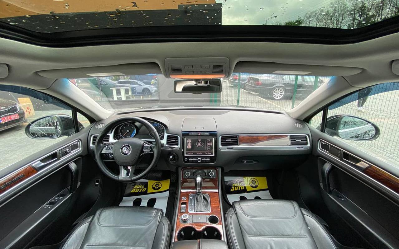 Volkswagen Touareg 2011 фото №18
