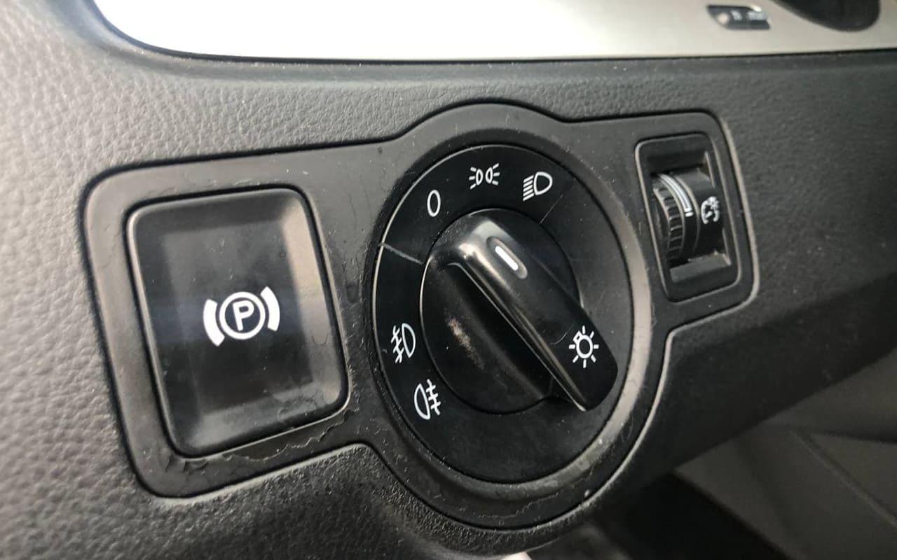 Volkswagen Passat 2008 фото №12