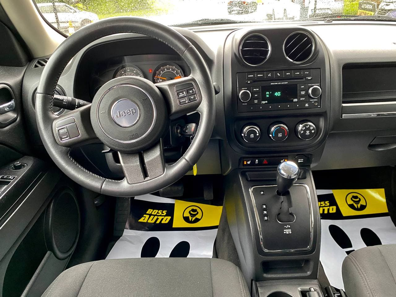 Jeep Patriot 2017 фото №17
