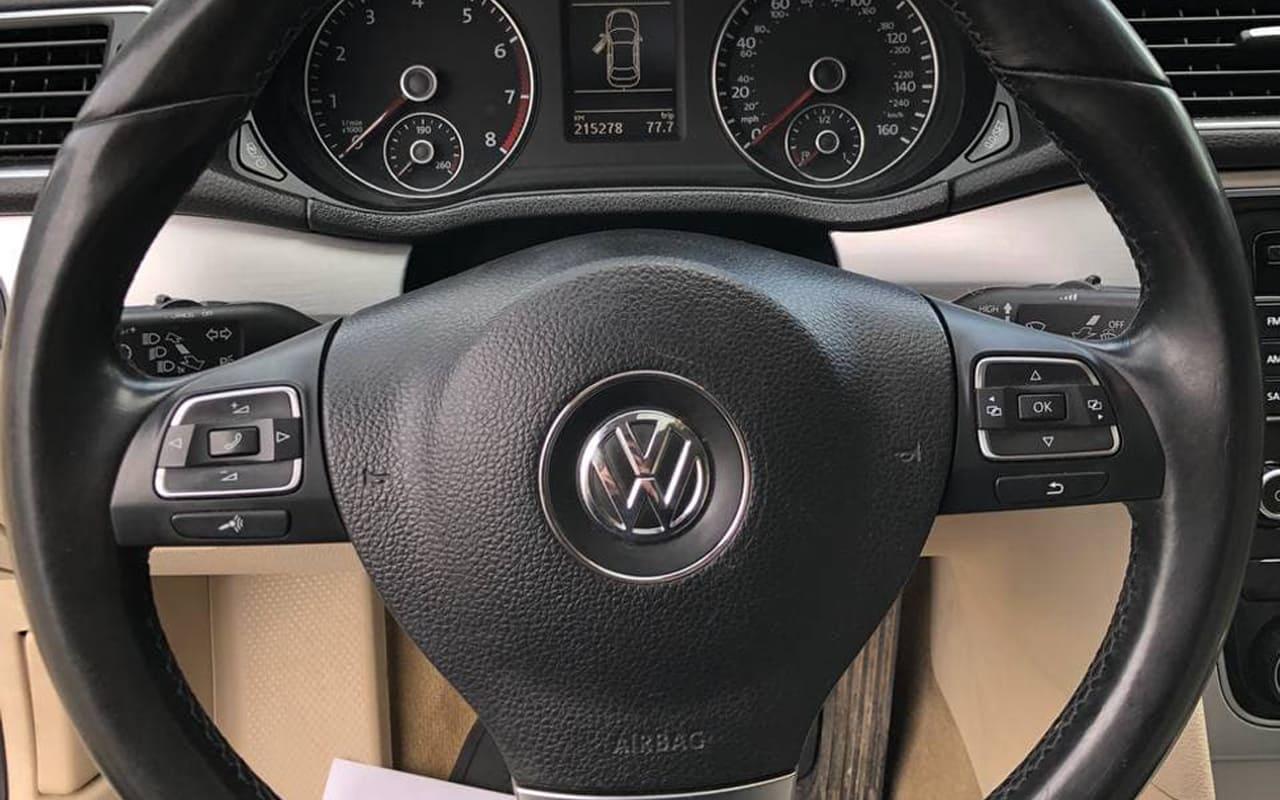 Volkswagen Passat 2012 фото №17