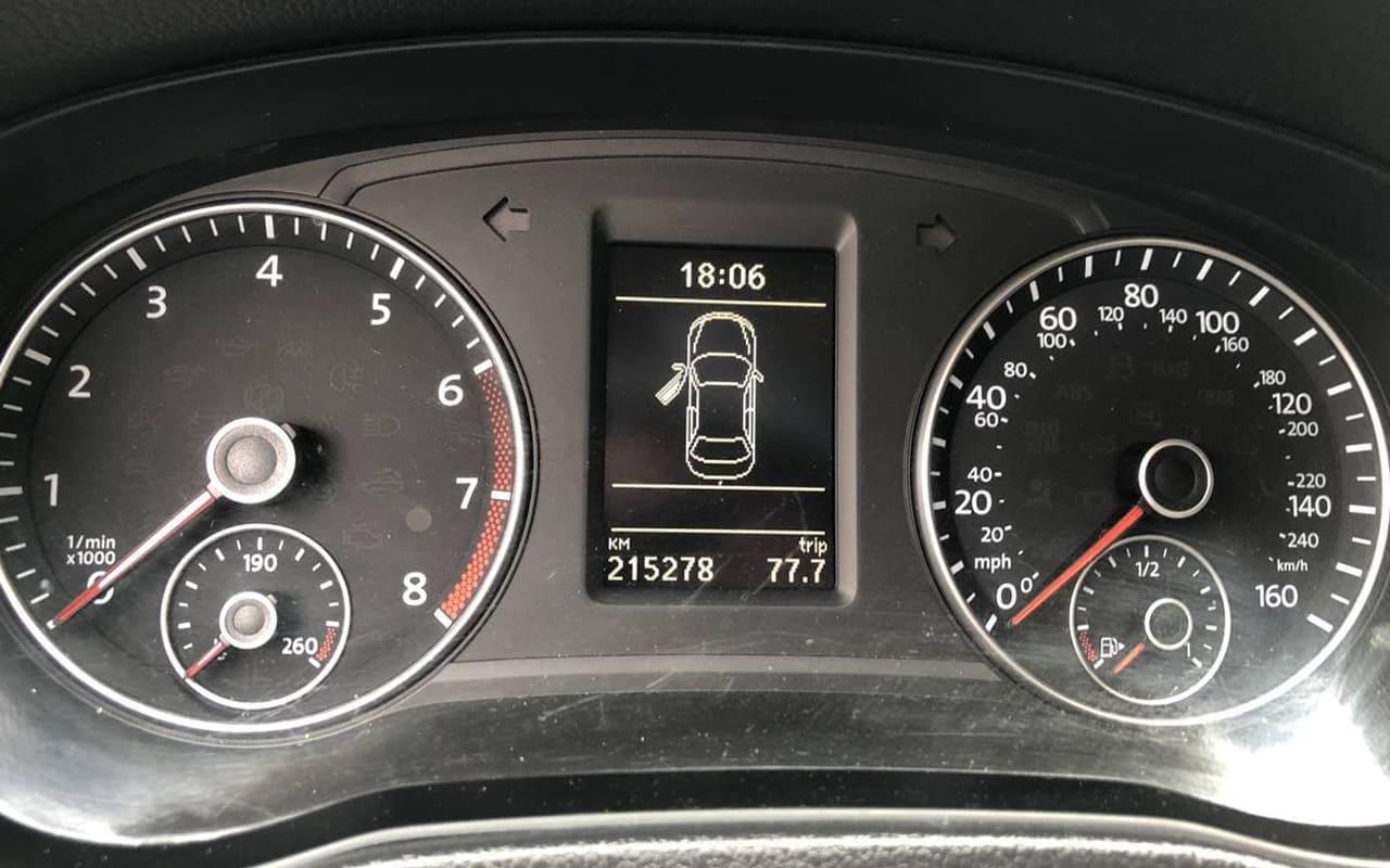 Volkswagen Passat 2012 фото №18
