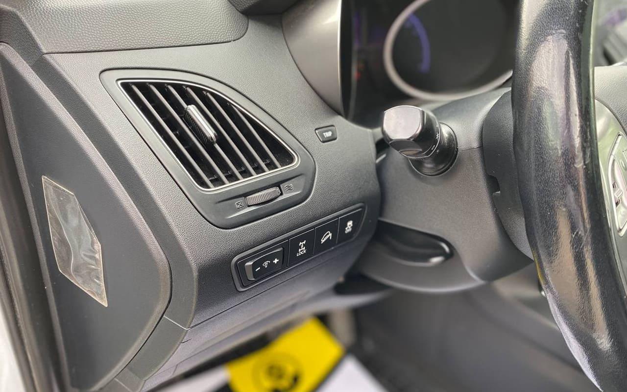 Hyundai IX35 2009 фото №19