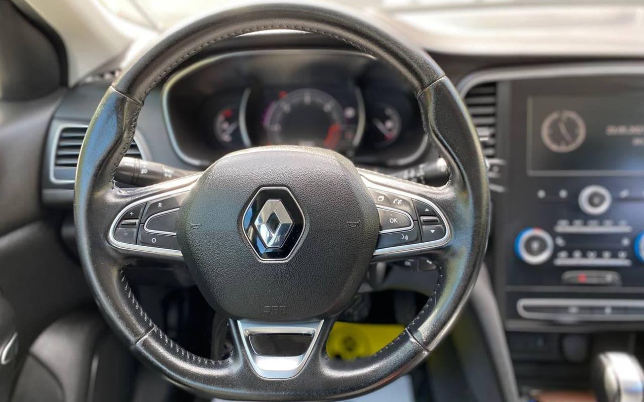 Renault Megane 2017 фото №11