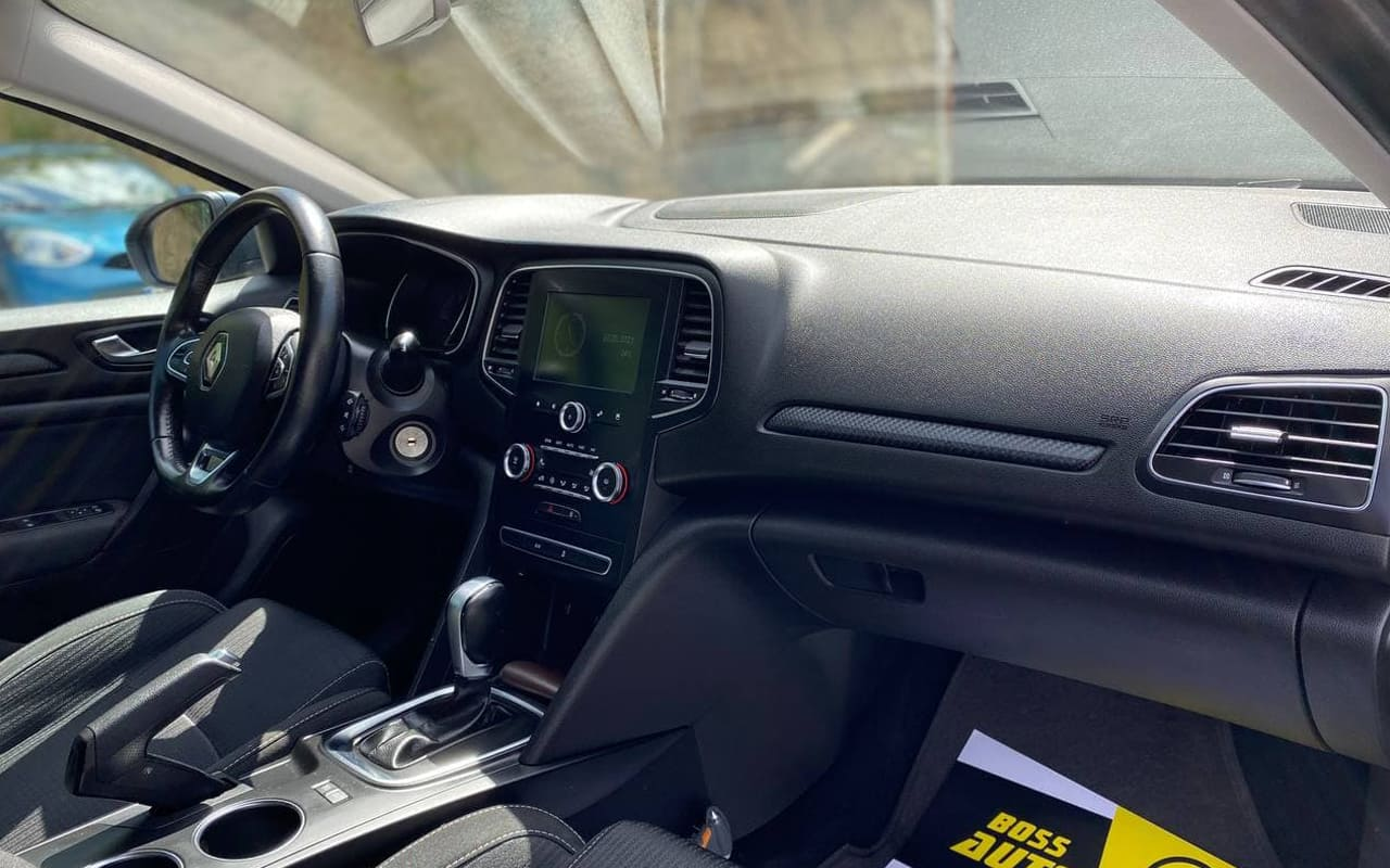 Renault Megane 2017 фото №14