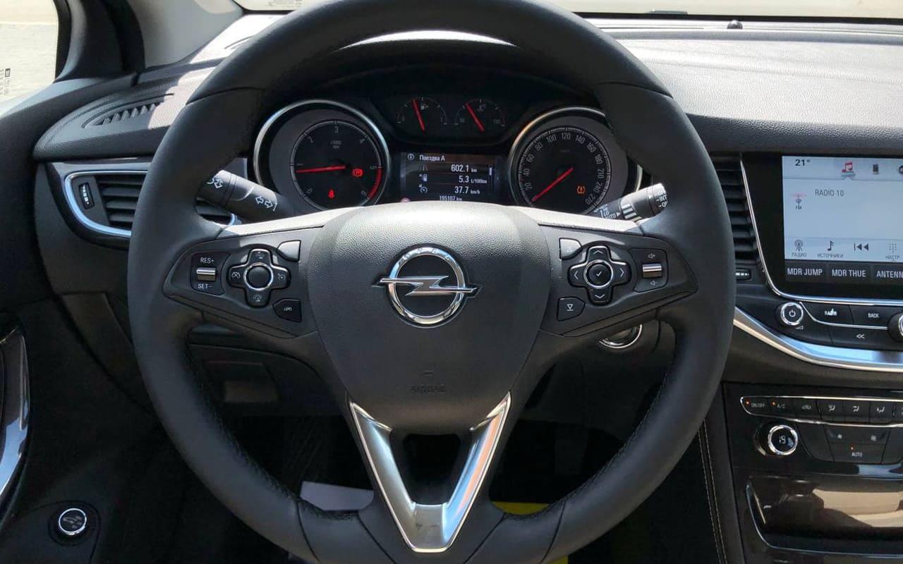 Opel Astra K 2016 фото №16