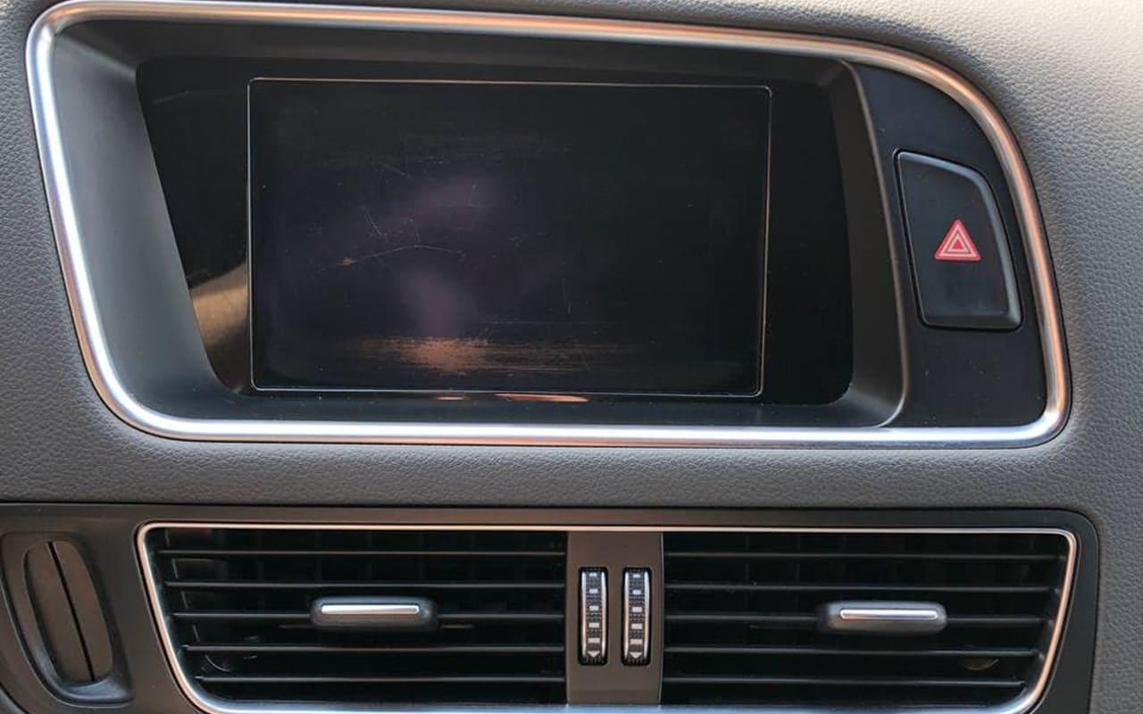 Audi SQ5 2014 фото №17