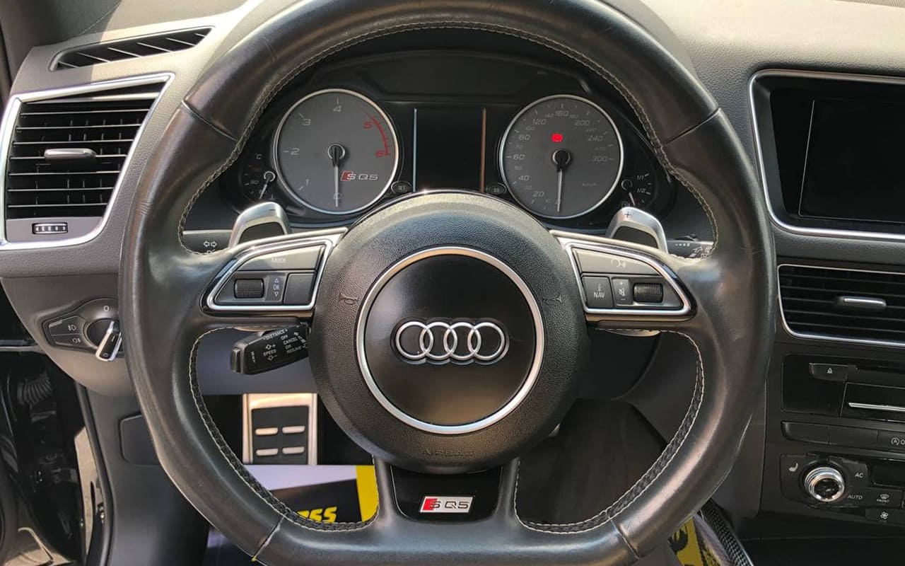 Audi SQ5 2014 фото №18