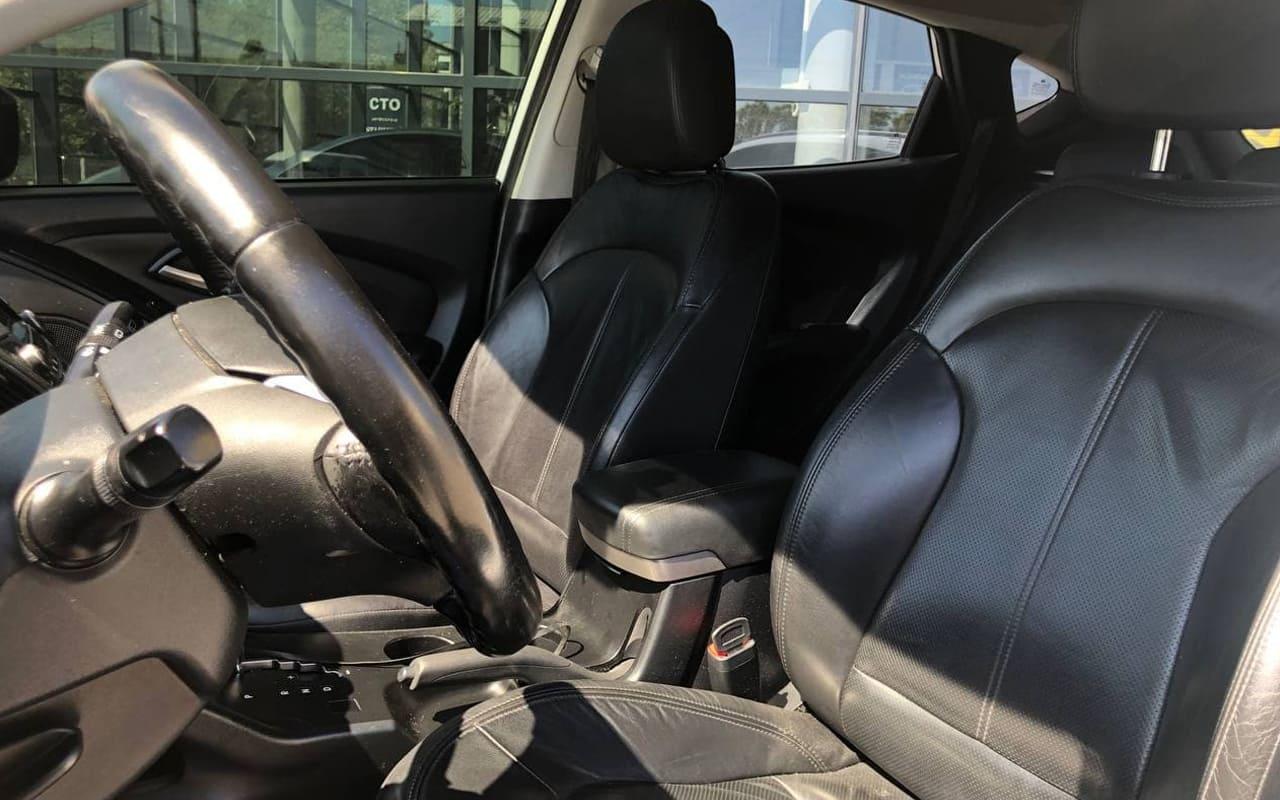 Hyundai IX35 2010 фото №15