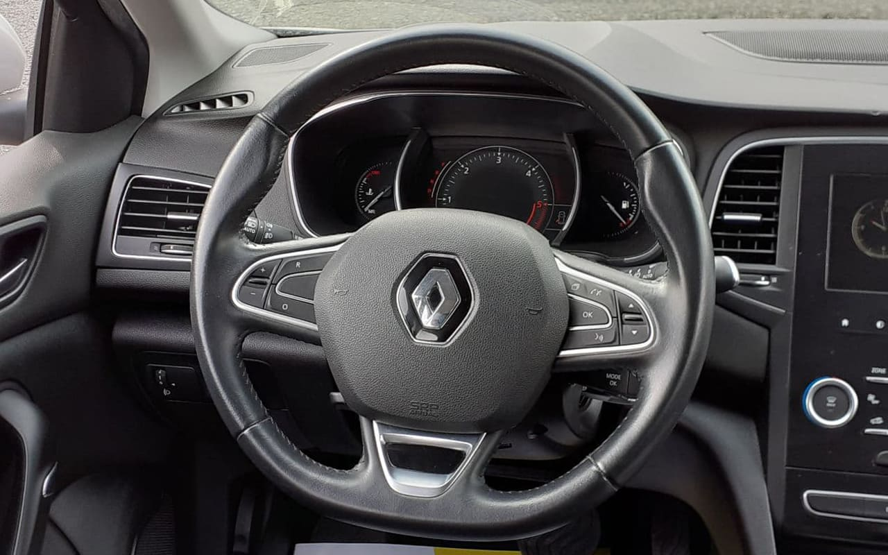 Renault Megane 2017 фото №13