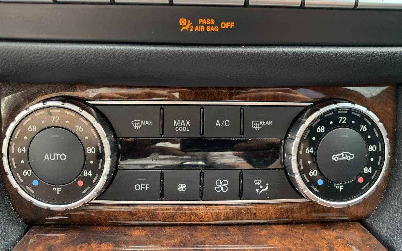 Mercedes-Benz CLS 400 2014 фото №16