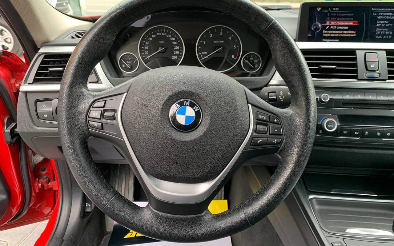 BMW 330 2014 фото №15