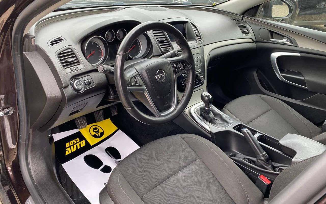 Opel Insignia 2011 фото №15