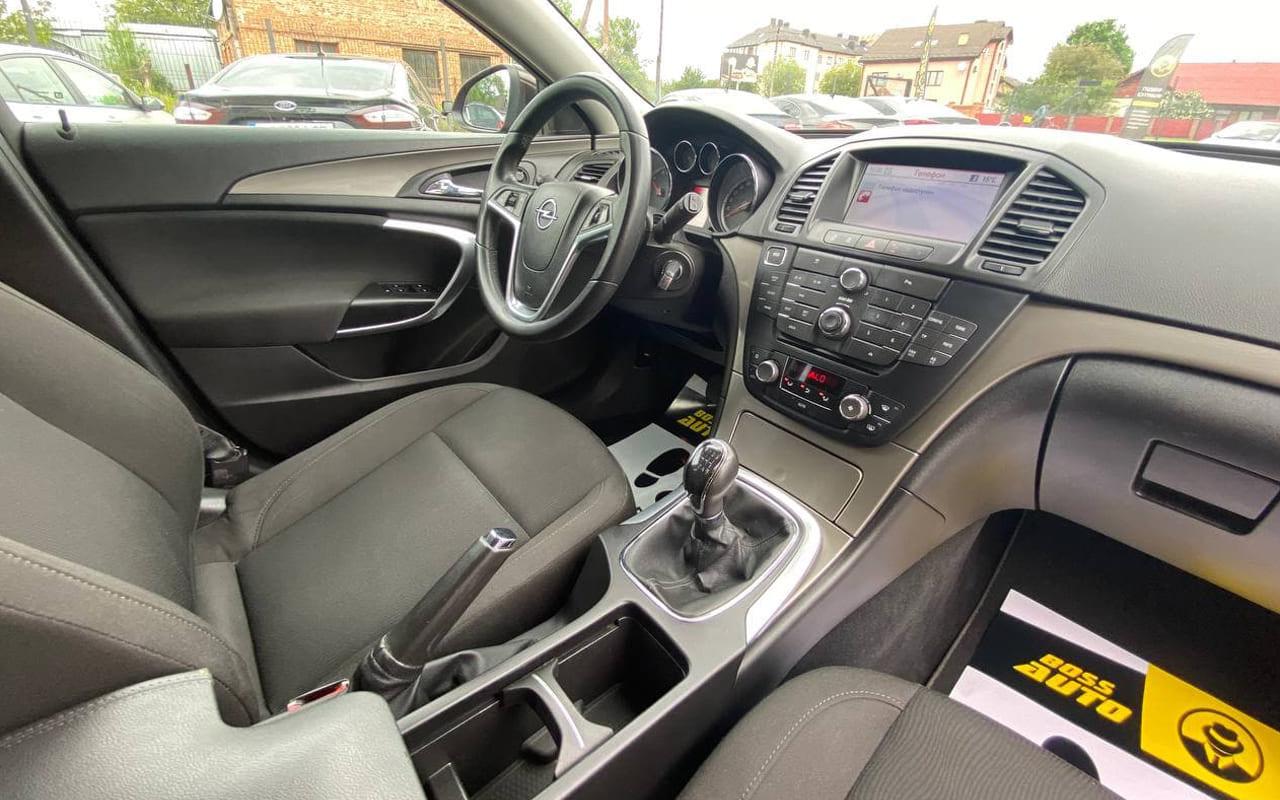 Opel Insignia 2011 фото №16