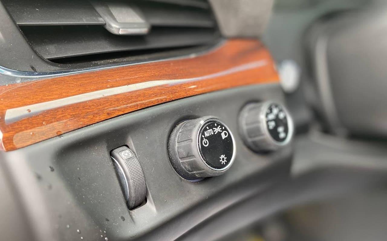 Cadillac Escalade ESV Premium 2015 фото №17