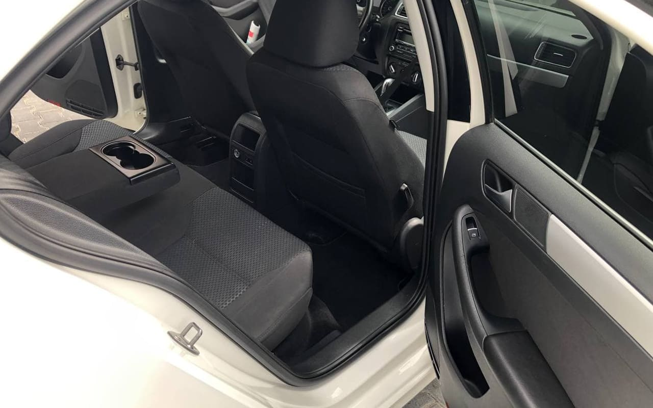 Volkswagen Jetta 2013 фото №15