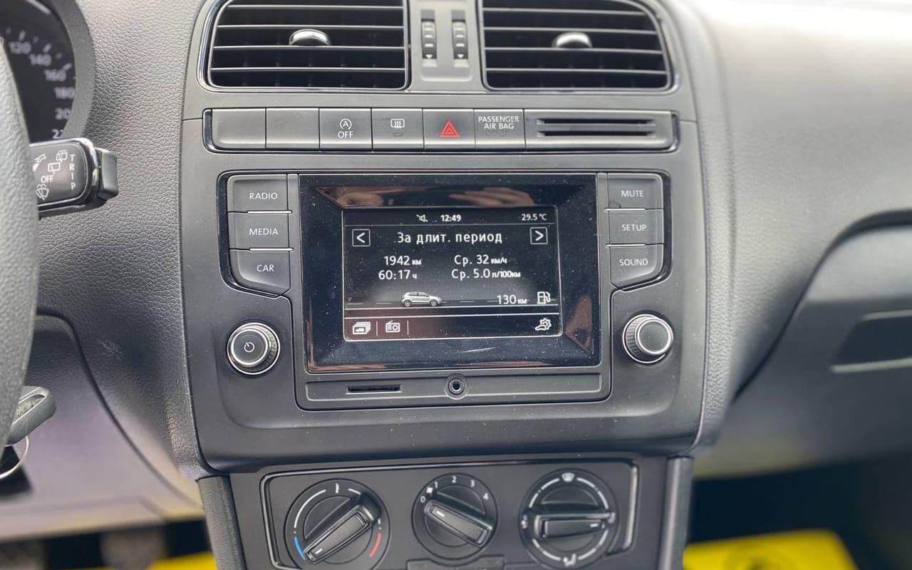 Volkswagen Polo 2015 фото №11