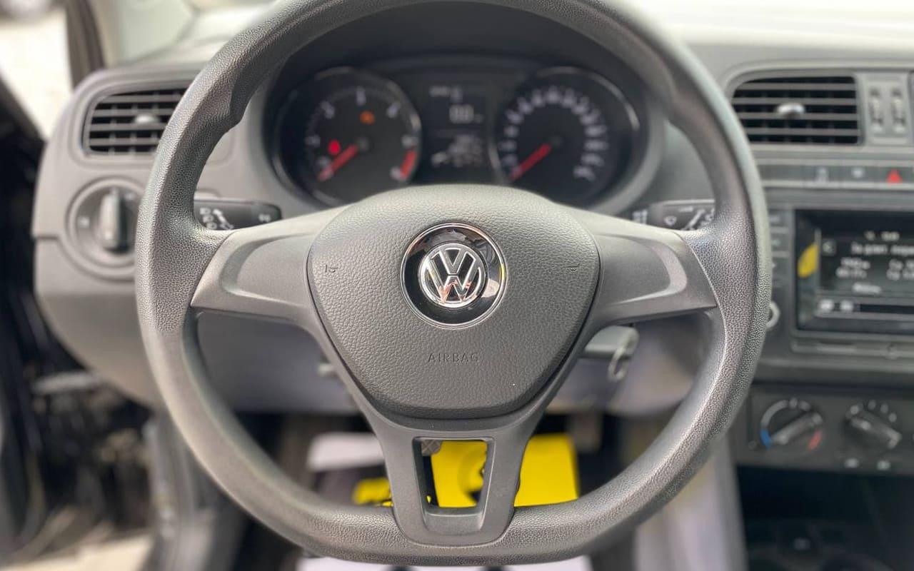 Volkswagen Polo 2015 фото №13