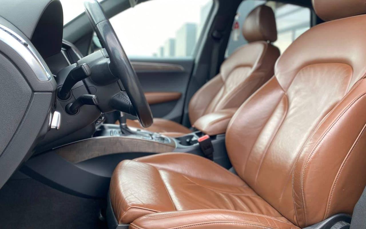 Audi Q5 2010 фото №15