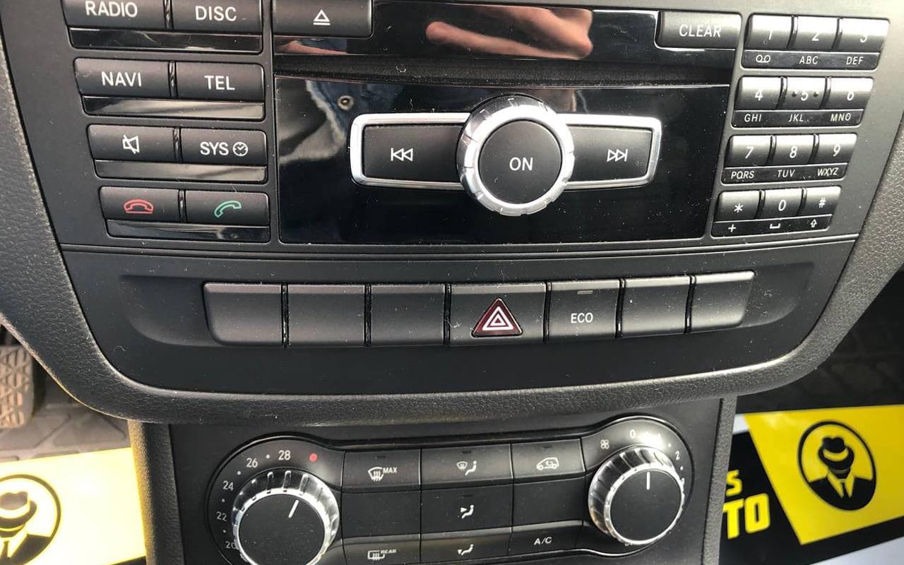 Mercedes-Benz B 180 2013 фото №11