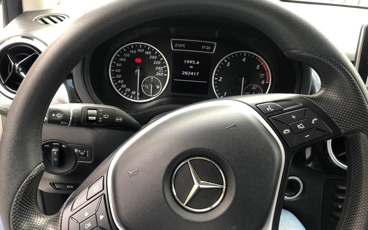 Mercedes-Benz B 180 2013 фото №12