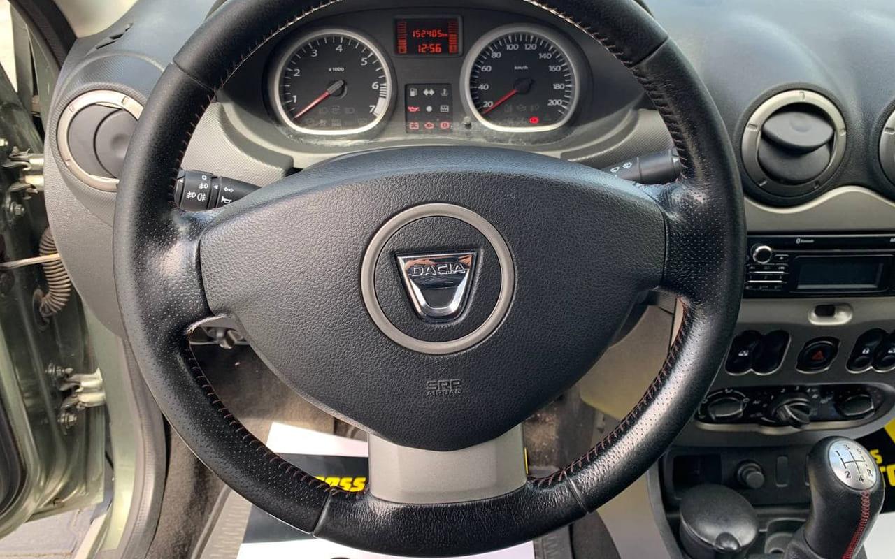Dacia Duster 2014 фото №13