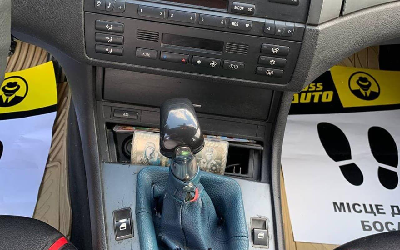 BMW 320 2005 фото №11