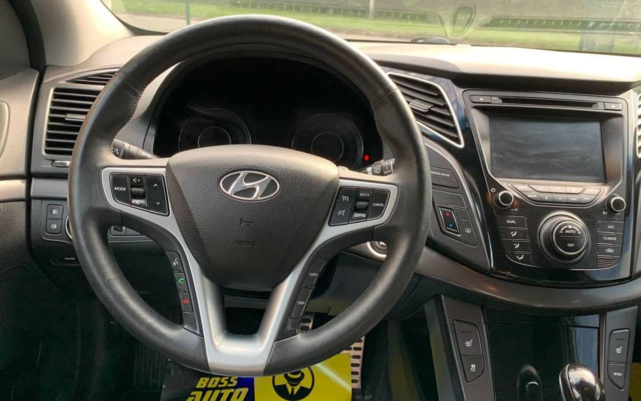 Hyundai i40 2012 фото №14