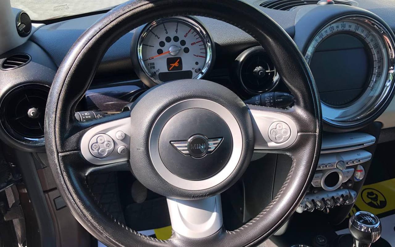 MINI Cooper 2010 фото №19