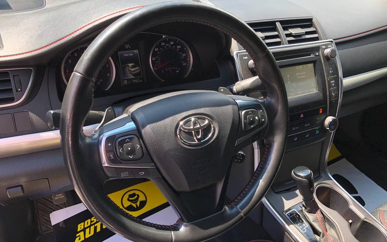 Toyota Camry 2016 фото №16