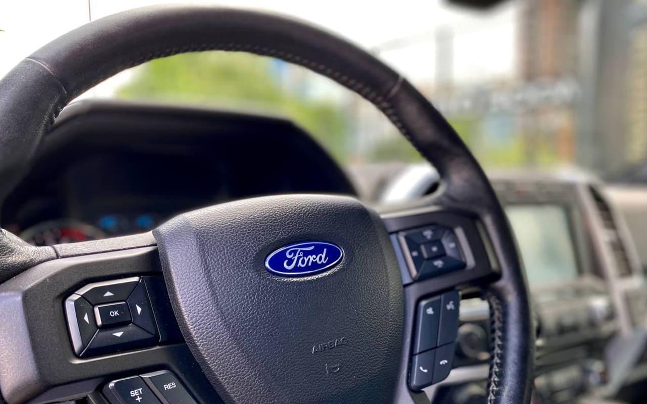 Ford F-150 Lariat 2017 фото №17