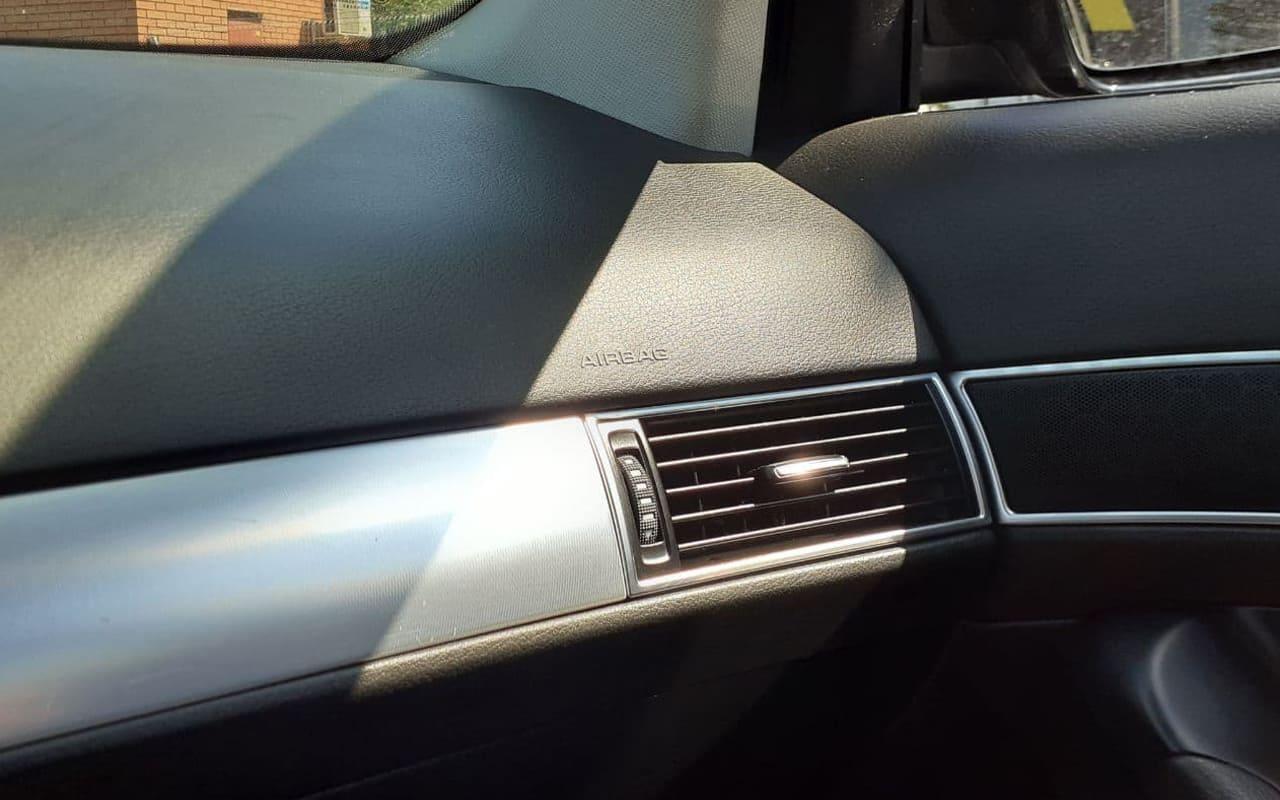 Audi A6 2011 фото №13
