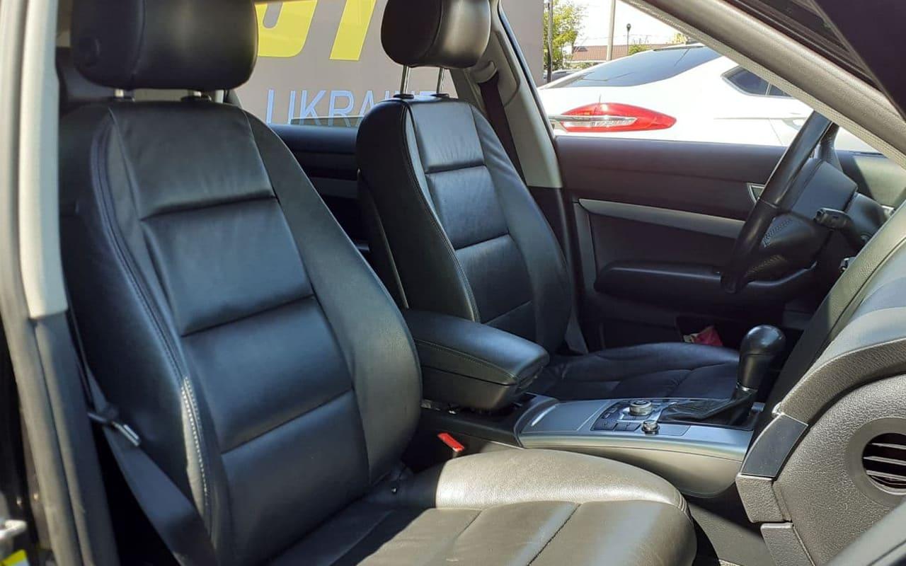 Audi A6 2011 фото №14