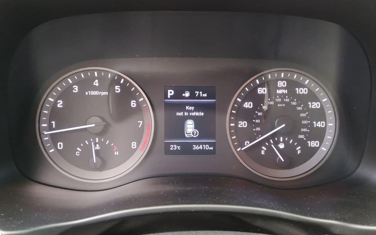 Hyundai Tucson Limited 2019 фото №16