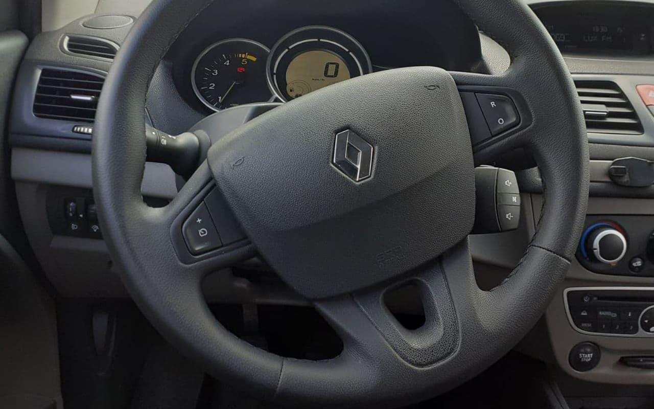 Renault Megane 2010 фото №14