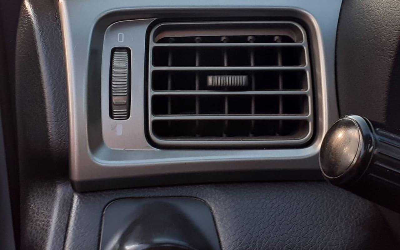 Subaru Forester 2010 фото №17