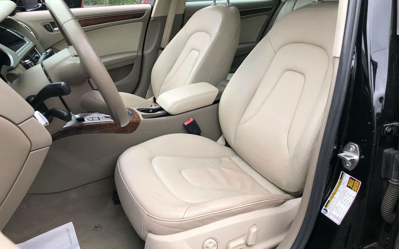 Audi A4 2011 фото №6