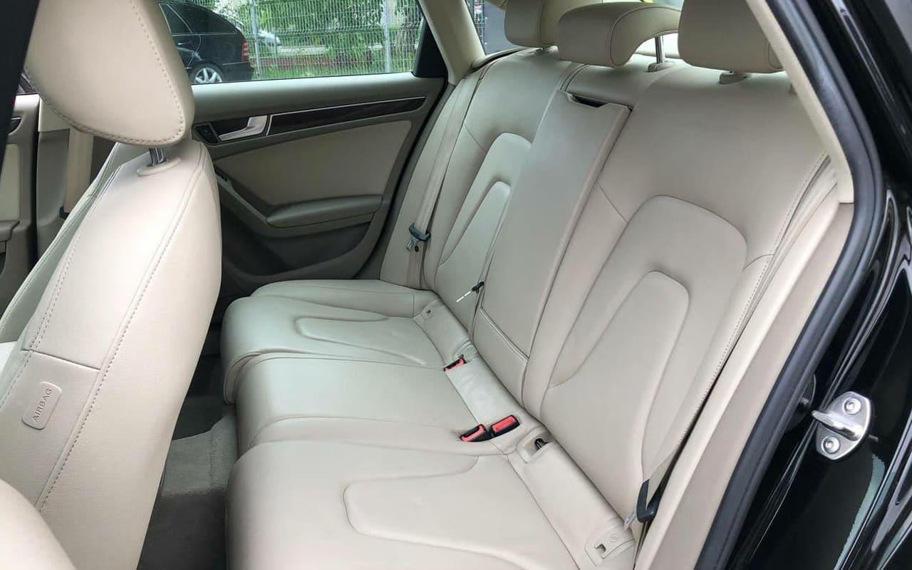 Audi A4 2011 фото №7