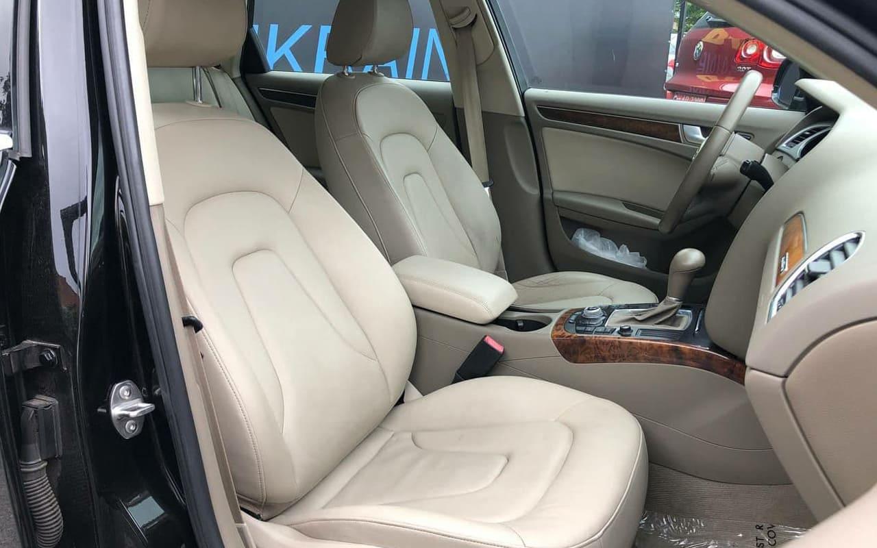 Audi A4 2011 фото №9