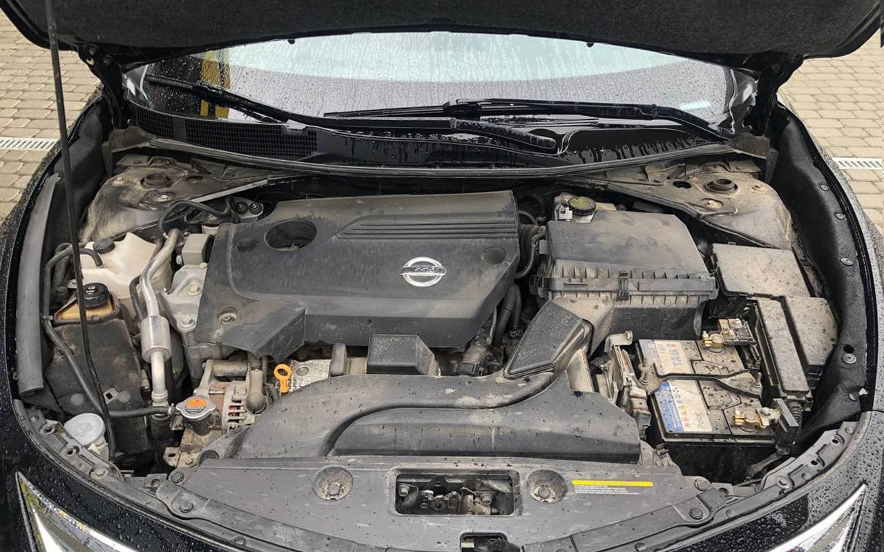 Nissan Altima 2013 фото №19